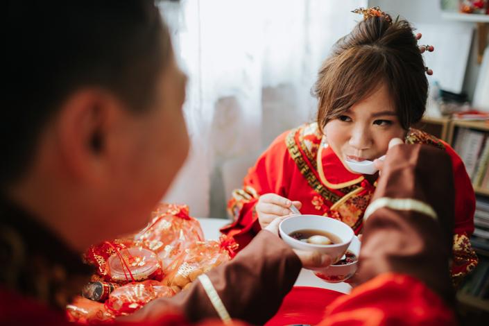 chinese wedding treats