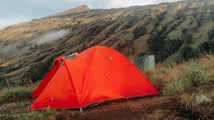 camping mount rinjani basecamp