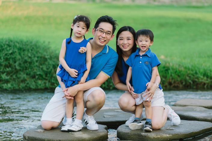 family portrait at bishan park